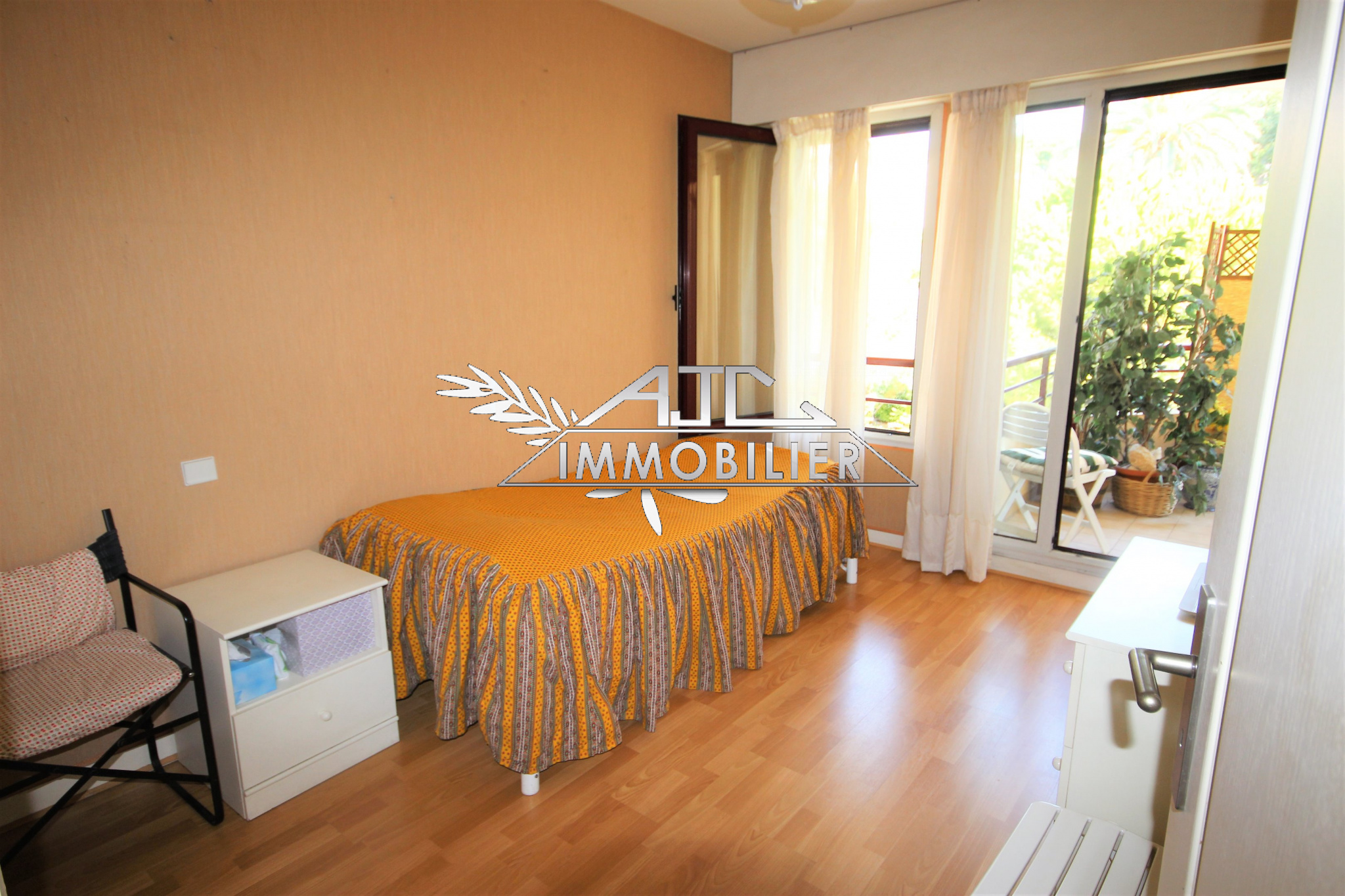 CANNES APPARTEMENT 2 PIECES PROCHE CENTRE