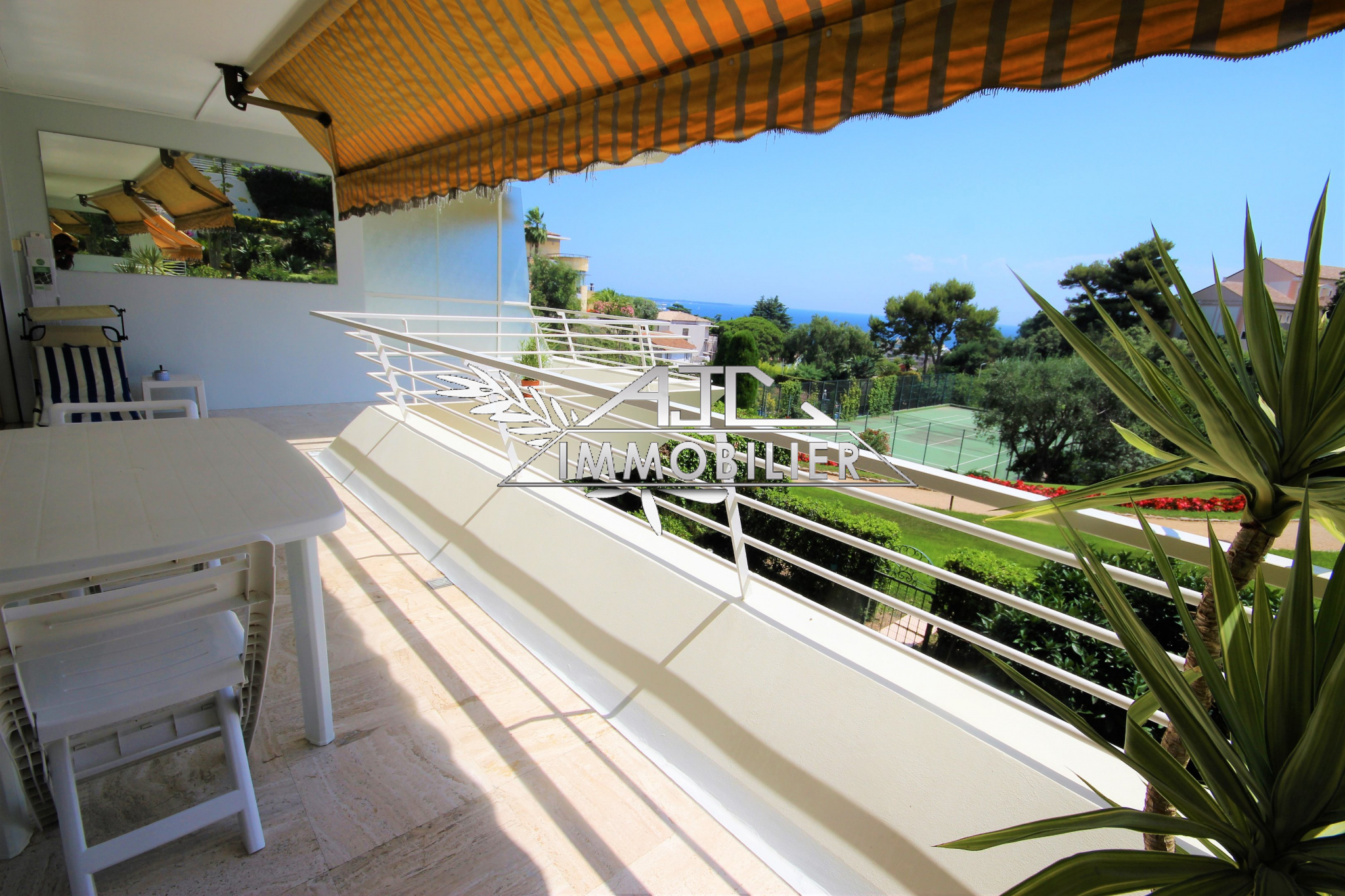 CANNES APPARTEMENT 3 P RESIDENCE STANDING AVEC PISCINE